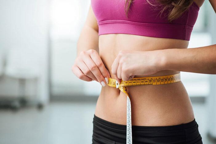 abnehmen-im-alltag-tipps-tricks-gesund